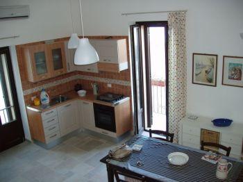Fittasi transitoriamente casa sul mare - Cucina
