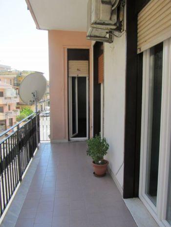 Affittasi appartamento - Balcone