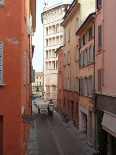 Parma centro Vista Battistero