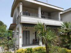 Villa Arredata
