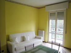 Appartamento con balcone Broni