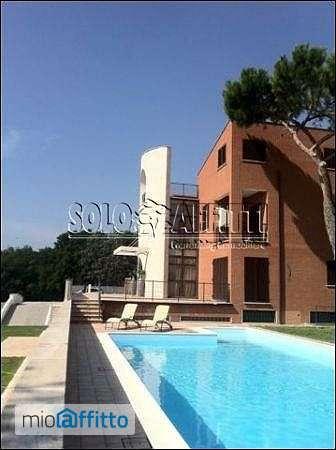 Bilocale arredato con piscina boccea torrevecchia pineta for Appartamento affitto arredato roma
