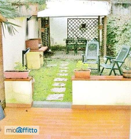 Appartamento Arredato con grande giardino