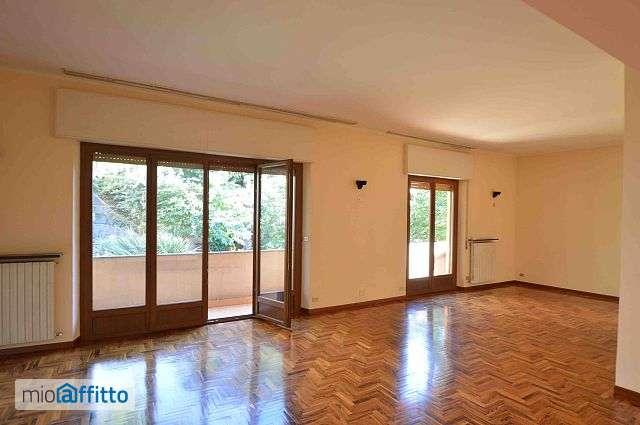 Genova albaro, appartamento in affitto in via puggia: