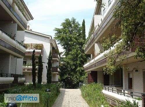 casa con terrazzo e piscina Giustiniana, olgiata, cesano